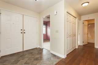 """Photo 2: 9 3632 BULKLEY Street in Abbotsford: Abbotsford East Townhouse for sale in """"Laurentian Green"""" : MLS®# R2404738"""
