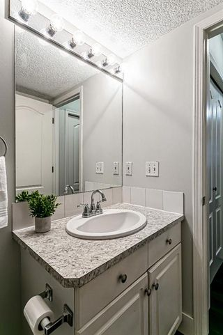 Photo 12: 116 10 SIERRA MORENA Mews SW in Calgary: Signal Hill Apartment for sale : MLS®# C4281143
