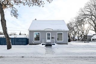 Photo 1: 8921 114 Avenue in Edmonton: Zone 05 House for sale : MLS®# E4185744