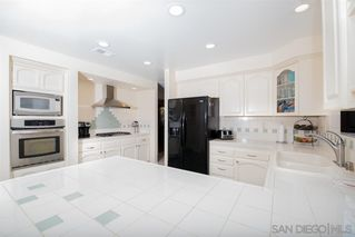 Photo 4: SPRING VALLEY House for sale : 6 bedrooms : 10420 san vicente blvd
