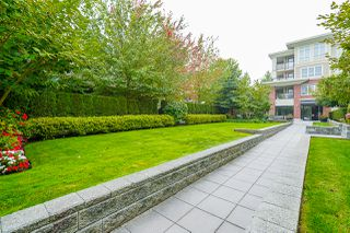 """Photo 61: 210 2940 KING GEORGE Boulevard in Surrey: King George Corridor Condo for sale in """"HIGH STREET"""" (South Surrey White Rock)  : MLS®# R2496807"""