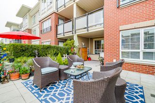 """Photo 40: 210 2940 KING GEORGE Boulevard in Surrey: King George Corridor Condo for sale in """"HIGH STREET"""" (South Surrey White Rock)  : MLS®# R2496807"""