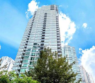 "Photo 2: 1107 1328 W PENDER Street in Vancouver: Coal Harbour Condo for sale in ""CLASSICO"" (Vancouver West)  : MLS®# R2499956"