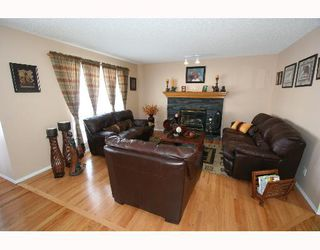 Photo 4:  in CALGARY: Arbour Lake Residential Detached Single Family for sale (Calgary)  : MLS®# C3256501