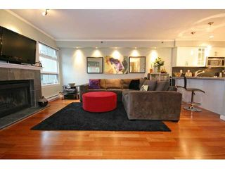 """Photo 4: 3 1350 W 6TH Avenue in Vancouver: Fairview VW Townhouse  in """"Pepper Ridge"""" (Vancouver West)  : MLS®# V870232"""