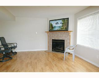 "Photo 8: 22750 HOLYROOD Avenue in Maple_Ridge: East Central House for sale in ""GREYSTONE"" (Maple Ridge)  : MLS®# V672223"