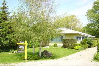 Photo 1: 45 Lake Ave in BRECHIN: House (Bungalow) for sale (X17: ANTEN MILLS)  : MLS®# X922129