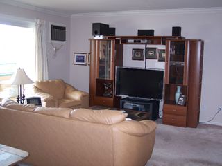 Photo 3: 8700 JUBILEE ROAD E in Summerland: Multifamily for sale (306)  : MLS®# 104749