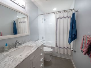 Photo 16: 108 WOLF WILLOW Close in Edmonton: Zone 22 House for sale : MLS®# E4167903