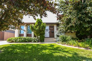 Photo 1: 1214 Mckercher Drive in Saskatoon: Wildwood Residential for sale : MLS®# SK782514