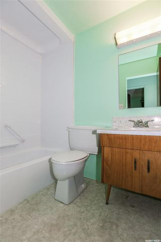 Photo 17: 1214 Mckercher Drive in Saskatoon: Wildwood Residential for sale : MLS®# SK782514