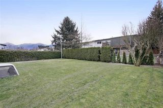 Photo 6: 46390 ANGELA Avenue in Chilliwack: Chilliwack E Young-Yale House for sale : MLS®# R2402400