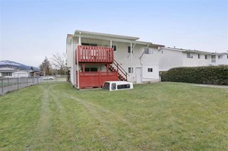 Photo 9: 46390 ANGELA Avenue in Chilliwack: Chilliwack E Young-Yale House for sale : MLS®# R2402400