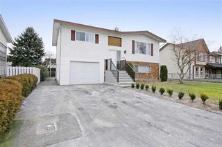 Photo 11: 46390 ANGELA Avenue in Chilliwack: Chilliwack E Young-Yale House for sale : MLS®# R2402400
