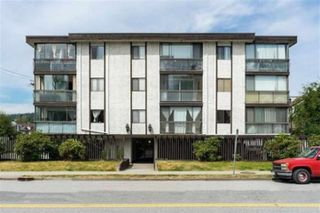Main Photo: 205 2425 SHAUGHNESSY Street in Port Coquitlam: Central Pt Coquitlam Condo for sale : MLS®# R2447394