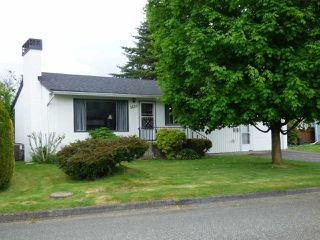 Photo 2: 9620 WOODBINE Street in Chilliwack: Chilliwack N Yale-Well House for sale : MLS®# R2457918