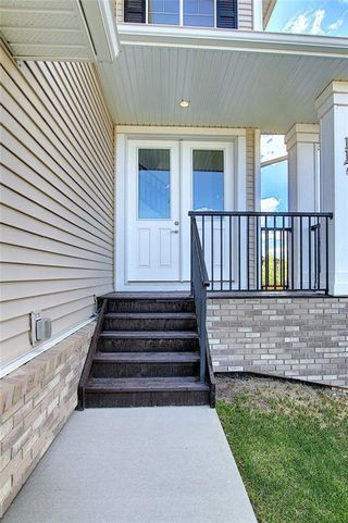 Photo 3: 117 Kinniburgh Way: Chestermere Detached for sale : MLS®# C4301536