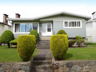Photo 26: 7278 ELMHURST Drive in Vancouver: Fraserview VE House for sale (Vancouver East)  : MLS®# R2469919