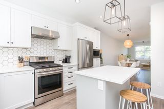 """Photo 4: 29 3339 148 Street in Surrey: King George Corridor Townhouse for sale in """"THE HAVEN"""" (South Surrey White Rock)  : MLS®# R2483720"""