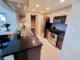Photo 5: 4006 1408 STRATHMORE Mews in Vancouver: Yaletown Condo for sale (Vancouver West)  : MLS®# R2528590
