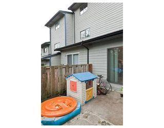 Photo 8: 222 BALMORAL PL in Port Moody: Condo for sale : MLS®# V857775
