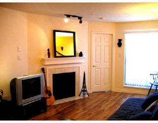"Photo 5: 204 2741 E HASTINGS Street in Vancouver: Hastings East Condo for sale in ""THE RIVIERA"" (Vancouver East)  : MLS®# V683987"