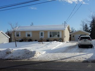Photo 4: 2135 Angell Street in Westville: 107-Trenton,Westville,Pictou Residential for sale (Northern Region)  : MLS®# 202001691