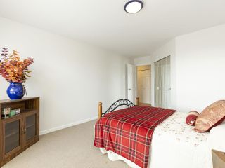 "Photo 16: 311 14993 101A Avenue in Surrey: Guildford Condo for sale in ""Cartier Place"" (North Surrey)  : MLS®# R2433333"