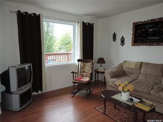 Photo 3: 15 Grace Crescent in Buffalo Pound Lake: Residential for sale : MLS®# SK804015