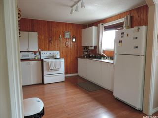 Photo 5: 15 Grace Crescent in Buffalo Pound Lake: Residential for sale : MLS®# SK804015