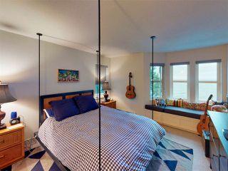 Photo 14: 3435 BEACH AVENUE: Roberts Creek House for sale (Sunshine Coast)  : MLS®# R2414197