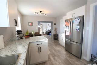 Photo 4: 372 26th Street in Battleford: Residential for sale : MLS®# SK833664