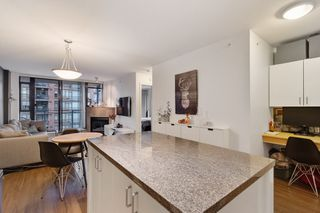 """Photo 13: 903 175 W 1ST Street in North Vancouver: Lower Lonsdale Condo for sale in """"Time"""" : MLS®# R2518154"""