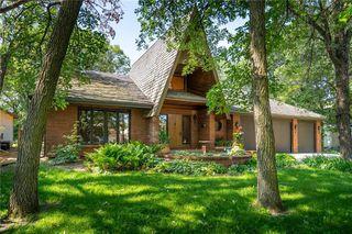 Photo 2: 28 Algonquin Avenue in Winnipeg: North Kildonan Residential for sale (3G)  : MLS®# 202029837