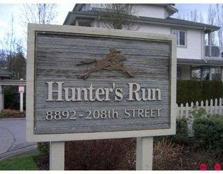 "Photo 2: 8892 208TH Street in Langley: Walnut Grove Townhouse for sale in ""HUNTERS RUN"" : MLS®# F2705716"