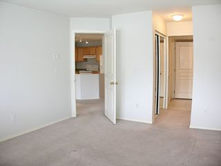 "Photo 9: 303 33478 ROBERTS Avenue in Abbotsford: Central Abbotsford Condo for sale in ""Aspen Creek"" : MLS®# F2715413"