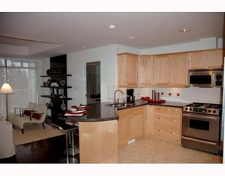 """Photo 5: 70 8617 SEASCAPE Drive in West_Vancouver: Howe Sound Townhouse for sale in """"SEASCAPES"""" (West Vancouver)  : MLS®# V684701"""