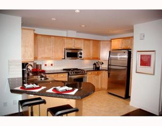 """Photo 4: 70 8617 SEASCAPE Drive in West_Vancouver: Howe Sound Townhouse for sale in """"SEASCAPES"""" (West Vancouver)  : MLS®# V684701"""