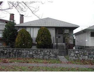 Photo 2: 2557 E 24TH Ave in Vancouver: Renfrew Heights House for sale (Vancouver East)  : MLS®# V622762