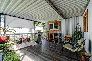"Photo 2: 71 7850 KING GEORGE Boulevard in Surrey: Bear Creek Green Timbers Manufactured Home for sale in ""BEAR CREEK GLEN"" : MLS®# R2405203"