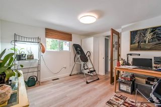 "Photo 16: 71 7850 KING GEORGE Boulevard in Surrey: Bear Creek Green Timbers Manufactured Home for sale in ""BEAR CREEK GLEN"" : MLS®# R2405203"