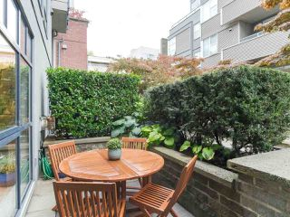 """Photo 19: 107 2688 VINE Street in Vancouver: Kitsilano Townhouse for sale in """"THE TREO"""" (Vancouver West)  : MLS®# R2406674"""