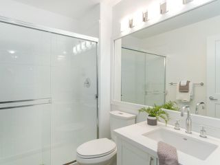 """Photo 18: 107 2688 VINE Street in Vancouver: Kitsilano Townhouse for sale in """"THE TREO"""" (Vancouver West)  : MLS®# R2406674"""