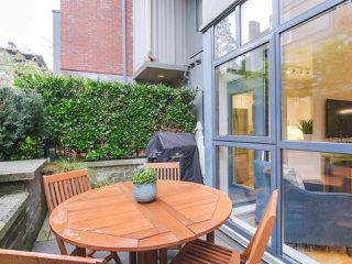 """Photo 20: 107 2688 VINE Street in Vancouver: Kitsilano Townhouse for sale in """"THE TREO"""" (Vancouver West)  : MLS®# R2406674"""