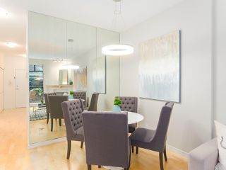 """Photo 7: 107 2688 VINE Street in Vancouver: Kitsilano Townhouse for sale in """"THE TREO"""" (Vancouver West)  : MLS®# R2406674"""