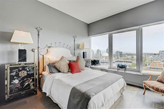 "Photo 13: 1102 181 ATHLETES Way in Vancouver: False Creek Condo for sale in ""CANADA HOUSE"" (Vancouver West)  : MLS®# R2414013"