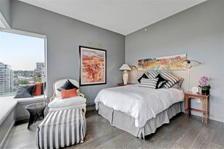 "Photo 11: 1102 181 ATHLETES Way in Vancouver: False Creek Condo for sale in ""CANADA HOUSE"" (Vancouver West)  : MLS®# R2414013"