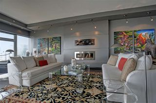 "Photo 4: 1102 181 ATHLETES Way in Vancouver: False Creek Condo for sale in ""CANADA HOUSE"" (Vancouver West)  : MLS®# R2414013"