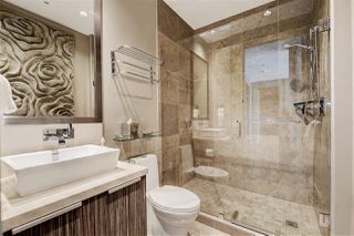 "Photo 14: 1102 181 ATHLETES Way in Vancouver: False Creek Condo for sale in ""CANADA HOUSE"" (Vancouver West)  : MLS®# R2414013"