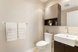"""Photo 18: 601 908 KEITH Road in West Vancouver: Park Royal Condo for sale in """"EVELYN"""" : MLS®# R2455211"""